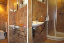 En-suite WC/shower serving the double bedroom.