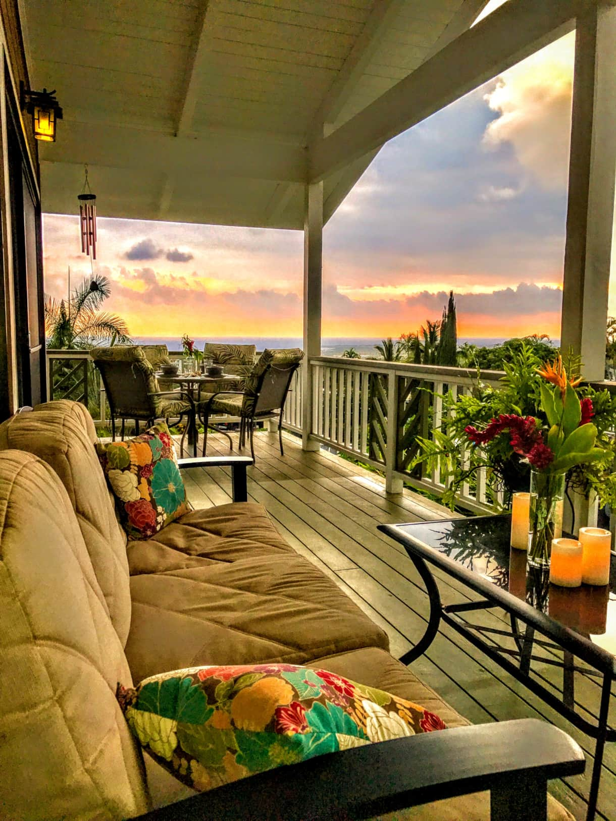 Nightly sunset views from the lanai at the Hale Makamaka.