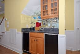 Entry-Wet Bar