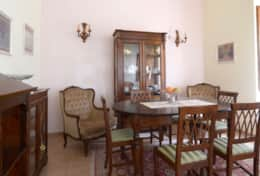 The dining room at Villa Dante