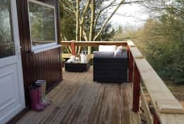 Rowan Lodge Deck long