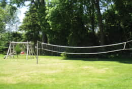 Bass Cottage Volleyball Net