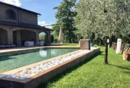 Villa Valtopina and the pool