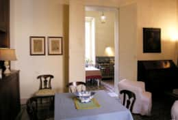 Palazzo Settecento - living-breakfast room towards the kitchen - Lecce - Salento
