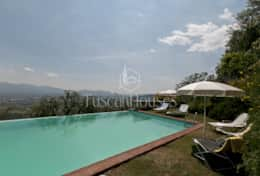 Holidays-in-Lucca-Villa-dell'-Angelo--(2)