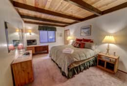 Bedroom 1 - King, Heated Blankets, TV, Private Bathroom