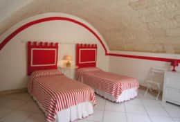 Grecale - twin room with barrel valted ceiling - Leuca - Salento