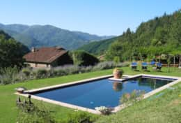 Villa Lavanda - Pool and villa
