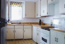 Hillcrest-kitchen-1