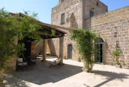 Masseria Ugento - outdoor dining area furnish with wood oven - Ugento - Salento
