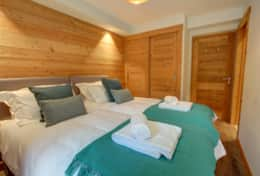 All chalet's bedroom offer generous storage space in built-in wardrobes