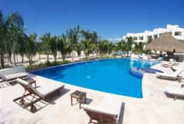 Reef main heated pool with wi fi