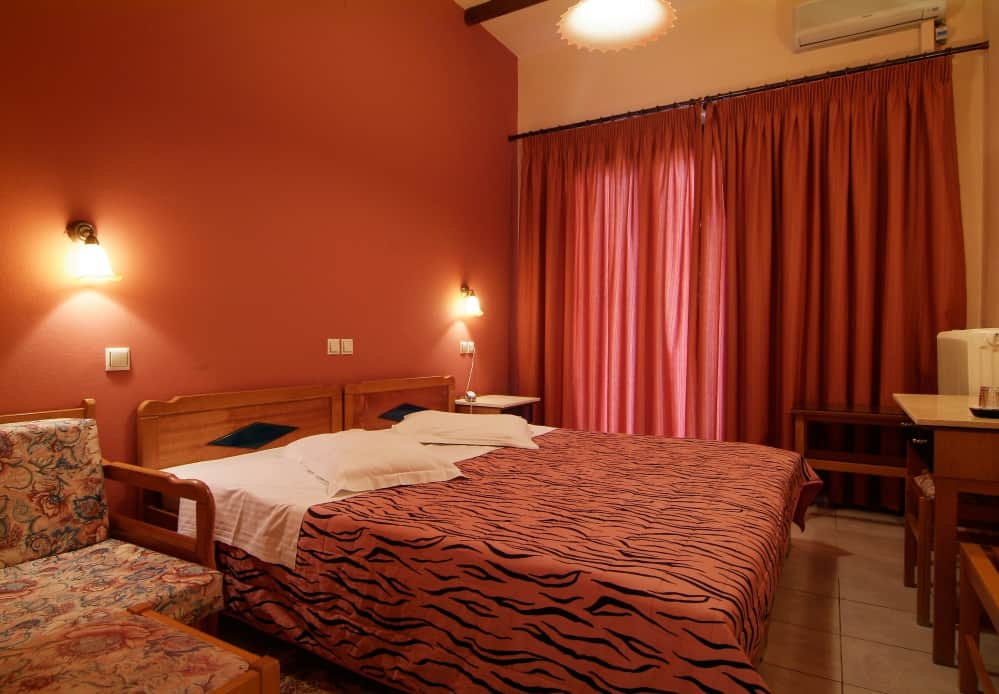 hotel-varonos-delphi-two-bedroom-apartment