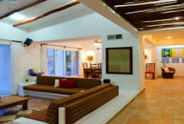 Villa Las Glorias living area