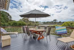 Coonawarra Splendour On The Deck - Good House Holiday Rentals