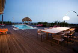 7d Pooldeck at sunset