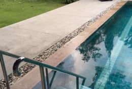 Baan Shaun - Esy access stainless steel steps