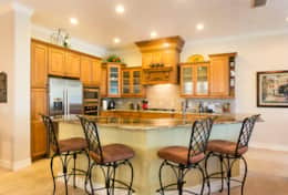 Exclusive Private Villas, 5 Bedroom Classy Vacation Home in Florida (E191) - Kitchen