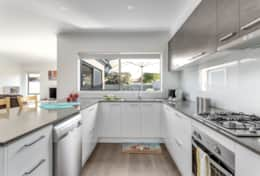 Breezy Kitchen - Once Upon A Tide - Good House Holiday Rentals