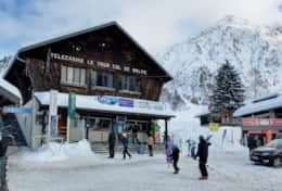 Gondola lift station of the main Le Tour ski area is in a 2 min walk from the chalet.