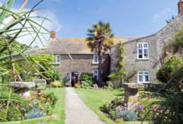 Short House, Chesil Beach, Dorset: The Manor House Inn, West Bexington