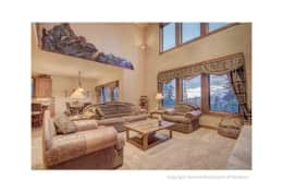 Oxbow Chateau Living Room