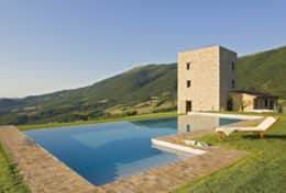 Villa-with-amazing-viewMurlo-Villa-Torre-Michel (1)