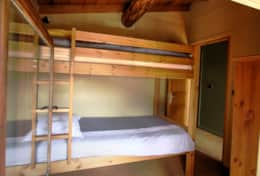 Bunk bedroom (Bedroom 5).